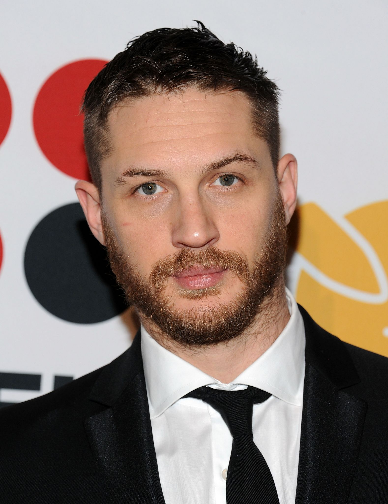 tom hardy suit 2