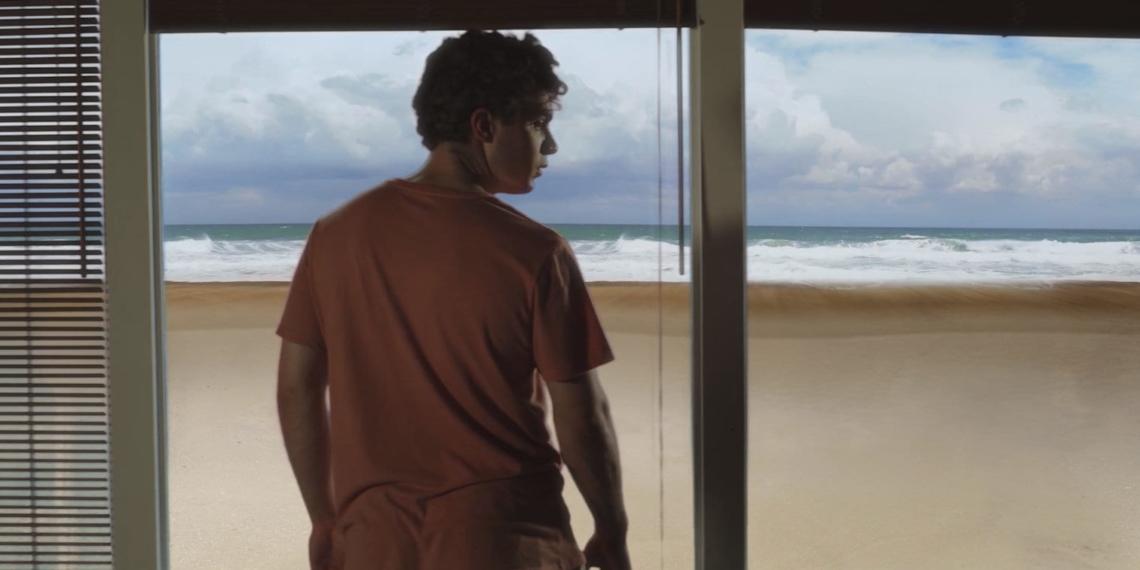 Tsunami-Falls-Short-Film-Review-Indie-Shorts-Mag-1-1140x570